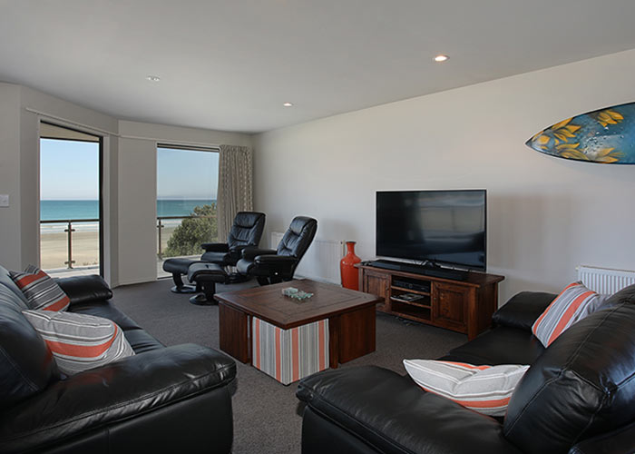 Apartment_Lounge_opt.jpg